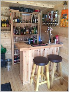 Trendy Home Bar Lounge Ideas Man Cave Ideas Diy Bar, Diy Home Bar, Home Bar Decor, Bars For Home, Mini Bar At Home, Diy Pallet Bar, Palet Bar, Bar Lounge, Lounge Ideas