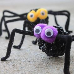 How to make spiders for Halloween ( in Spanish)
