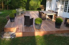 Construire ma terrasse en bois tropical