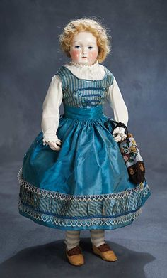 Theriault's Antique Doll Auctions - French Porcelain Poupee by Leontine Rohmer with Body and Deposed Neck Articulation - circa 1858