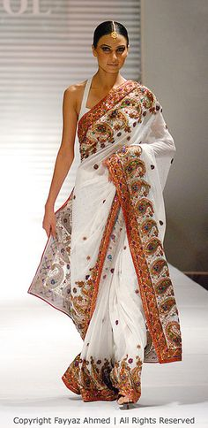 if I ever had a reason to wear a sari...#indian #bridal Like us on https://www.facebook.com/beautagonal?ref=tn_tnmn