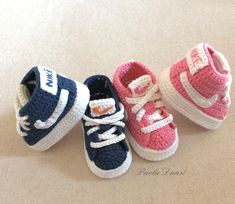 Boy & Girl crochet baby shoes handmade by Paola Dansi - babyschuhe - Baby Boy Crochet Blanket, Crochet Baby Boots, Booties Crochet, Baby Boy Blankets, Crochet Shoes, Diy Crochet, Baby Boy Shoes, Baby Booties, Crochet Beanie Pattern