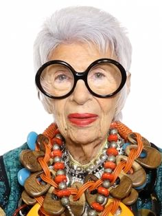 Iris Apfel on Where and Why She Loves to Travel: The geriatric starlet inspires our wanderlust. via /mydomaine/ Good Documentaries To Watch, Netflix Documentaries, Lisa, Advanced Style, Documentary Film, Short Hairstyles For Women, Film Movie, Face Shapes, Movies And Tv Shows