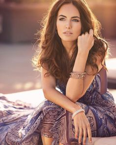 34d2c952532 Camilla Belle, Belle Hairstyle, Pretty Designs, Most Beautiful Women, You're