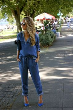 A Fashion Love Affair - now i need a denim jumpsuit I friggin love jumpsuits Girl Fashion, Fashion Looks, Fashion Outfits, Womens Fashion, Cool Outfits, Casual Outfits, Mode Jeans, All Jeans, Denim Jumpsuit
