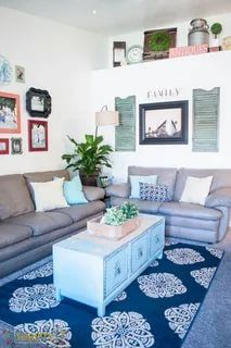 Living room is an area where you have the flexibility to produce and explore your style. With this DIY living room decor will help you to make it come true. Decor, Diy Decor, Diy Home Improvement, Rental Decorating, Diy Home Decor, Home Diy, Decorating Refresh, Simple Decor, Home Decor