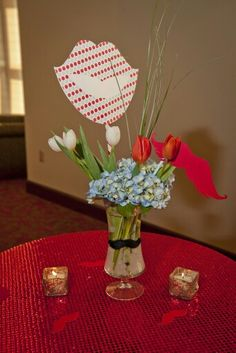 Add a great centerpiece with a pop of Texas Tech