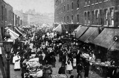 Petticoat Lane in the The market derives its name from the secondhand clothes sold there from as early as the sixteenth century. Vintage London, Old London, East London, Victorian London, Victorian Era, Ripper Street, Bethnal Green, Old Photos, Vintage Photos