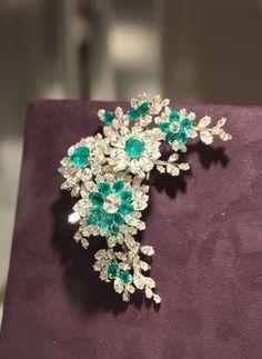 Elizabeth Taylor - Emerald and Diamond Brooch by BVLGARI