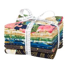 Kaufman Metallic Fat Quarter Bundles Imperial Collection 16 13 pcs Spring - Fabric.com #DiscountFabricOnline Hemp Fabric, Chenille Fabric, Fabric Remnants, Fabric Scraps, Scrap Fabric, Quilting Fabric, Satin Fabric, Linen Fabric, Cotton Fabric