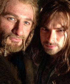 Fili & Kili the youngest dwarves Hobbit Movie, (Aidan Turner and Dean O'Gorman braid in beard , actors playing Kili and Fili) Via https://sphotos-a-atl.xx.fbcdn.net/hphotos-prn1/1016603_490758337684189_1438003807_n.jpg