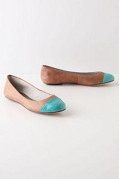 Shoes, flats