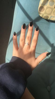 Medium Coffin Black Nails Long Black Nails Short Black Nails Coffin Nails Source by izzygillispie Black Nails Short, Black Coffin Nails, Acrylic Nails Coffin Short, Simple Acrylic Nails, Square Acrylic Nails, Summer Acrylic Nails, Best Acrylic Nails, Simple Nails, Cute Black Nails
