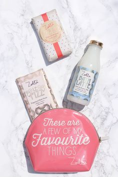 Zoella Beauty Sweet Inspirations | Review + Giveaway | Ana Céline Labod Youtuber Merch, Youtubers, Zoella Beauty, Zoe Sugg, Cosmetic Bag, Bath And Body, Ale, Giveaway, Beauty Hacks