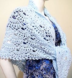 This is an easy and free crochet pattern for Wings of Prayer Shawl with photo tutorial in each step.
