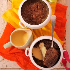Put a new spin on a popular dessert with this Amarula malva pudding! Malva Pudding, South African Recipes, Pudding Recipes, Food Hacks, Low Carb, Yummy Food, Spin, Baking, Eat