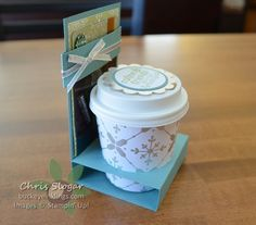 Coffee Cup Gift Card Holder - There are so many clever ways to package a gift card. The majority involve a flat envelope, and t - Coffee Cup Crafts, Coffee Gifts, Mini Coffee Cups, Gift Cards Money, Coffee Cup Sleeves, Coffee Cards, Fun Fold Cards, Treat Holder, Xmas Cards