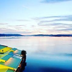 recruit_holdings on Instagram pinned by myThings オーシャンビューにレイクビュー!目の前に広がる絶景に癒される温泉宿  多田屋(石川・七尾)  能登の名湯・和倉温泉の歴史ある宿で、創業は明治18年。昭和48年に「和倉で一番美しい夕日が見える場所」として、現在の海辺に移転しました。時間により表情を変える七尾湾の景色を楽しむことができ、夕刻の美しさは格別。空と海をオレンジに染めながら沈む夕日を、風情ある露天風呂から眺めることができます。  #じゃらん #旅行 #旅 #温泉 #石川県 #絶景 #海 #Japan #blue #sea #RECRIT