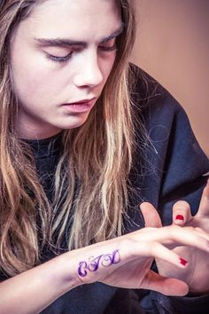 "Cara Delevingne | 40 Top Models With ""Fashionable"" Tattoos"