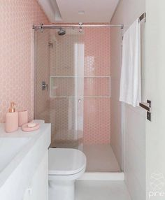 22 Pastel Bathroom Decor Everyone Should Try - Home Decoration Experts Pastel Bathroom, Pink Bathroom Tiles, Modern Bathroom, Small Bathroom, Bathroom Grey, Bad Inspiration, Bathroom Inspiration, Bathroom Cleaning, Bathroom Interior Design