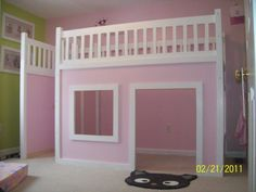 How to Build a Princess Castle Loft Bed http://smallhousediy.com/category/building-a-playhouse/
