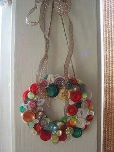 button wreath - love it!
