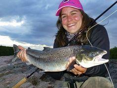 #Salmon #Lachs Fishing World, Fly Fishing, Atlantic Salmon, Spanish, Women, Sports, Salmon, Brown Trout, Fishing