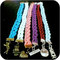 Pulseras d gamuza trenzadas/  bracelets