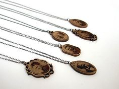 wooden laser cut jewelry... So want to make Christmas ornaments