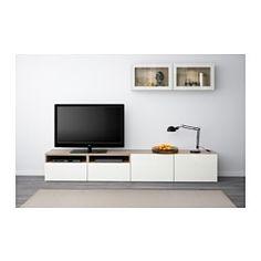 IKEA - BESTÅ, Agenc rangt télé/vitrines, effet noyer teinté gris/Selsviken verre transparent blanc/brillant, glissière tiroir, ouv par pression, , Les tiroirs et les portes sont équipés d'un système intégré d'ouverture par pression, ce qui évite d'avoir à y fixer des poignées ou des boutons.Ce rangement télé offre beaucoup d'espace pour loger vos choses et maintenir votre salon bien organisé.Vous pouvez facilement dissimuler les câbles du téléviseur et tout autre…