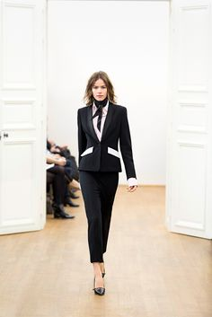 Escada Fall 2015 Ready-to-Wear - Collection - Gallery - Style.com