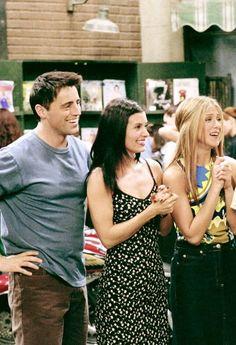 Matt LeBlanc as Joey Tribbiani, Courtney Cox as Monica Geller & Jennifer Aniston as Rachel Green - F.R.I.E.N.D.S.