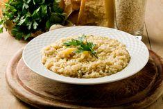 Receta de risotto parmesano cremoso y fácil #RisottoParmesano #RecetasDeRisotto #RecetasDeArroz #RecetasItalianas