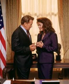 It's Martin Sheen and Stockard Channing. how could you go wrong? Wings Tv, Stockard Channing, Favorite Tv Shows, My Favorite Things, Martin Sheen, West Wing, Studio 60, Tv Couples, Great Tv Shows