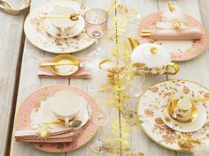 ivory, blush and gold tablescape