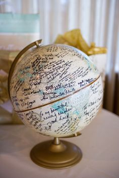 Wedding // Party Globe Guest Book Wedding And Bridal Shower Favors From Wooden Spoons Both wedding f Graduation Party Planning, Graduation Party Decor, Grad Parties, Vintage Graduation Party Ideas, Graduation Table Ideas, Unique Weddings, Real Weddings, Destination Weddings, Globe Guest Books