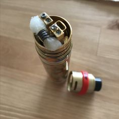 New mech mod for my collection. On the picture is an alien coil. Now I have a twisted clapton wire - coil in there. The flavor is special, but tasty, cuz the bottom airflow and single coil build.  #vaping #every #day #good #justjam #vodooclouds #mix  yourself