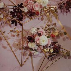 #weddingflower #weddingdesign #wedding #flowers #floral #floraldecor #bride #flores #Bouquet #love #geometry #geometryflower #weddingdecor #婚禮佈置 #婚禮設計 #點點婚禮