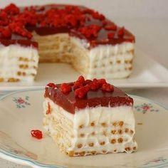 Bisküvili Pasta   Tadı damağınızda kalan yemek tariflerinin adresi   DamaktakiTat.com