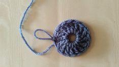 Haakpatroon Circle of friends Archieven - Laura Haakt Manta Crochet, Crochet Granny, Alpaca Poncho, Crochet Stitches For Blankets, Knitting Patterns, Crochet Patterns, Crochet Baby Toys, Blanket Stitch, Textiles
