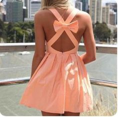 It had a bow, .. I just had to. No, but really, adorable dress!!! :) <3