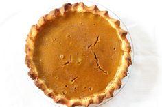 Healthy Gluten Free Pumpkin Pie Recipe #glutenfree #paleo #pumpkin