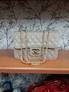 Chanel  bag , write for price informatıon. Chanel  çanta  canta  , fiyat bilgisi için yorum yazınız