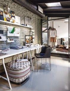 Virlova Interiorismo: [Interior] Antiguo taller reconvertido en loft urbano