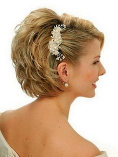 Mother of the bride hairstyles for short hair short hair updo, wedding hairstyles for short Mother Of The Groom Hairstyles, Wedding Hairstyles For Women, Easy Hairstyles, Prom Hairstyles, Winter Hairstyles, Bridesmaid Hairstyles, Updos Hairstyle, Hairstyle Ideas, Beautiful Hairstyles