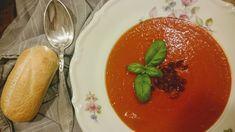 Tomatsuppe med fylde og masser af smag.