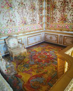 Versailles, Louis Xvi, Marie Antoinette, Fancy Houses, Decoration, Paris, Interior Design, Instagram, Central