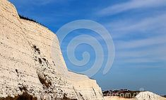 view-white-chalk-cliffs-sussex-south-england-bright-blue-sky