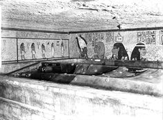 Archaeologist Howard Carter uncovered the spectacular untouched tomb of the Egyptian boy-king in Ancient Egyptian Art, Ancient Aliens, Ancient Greece, European History, American History, The Boy King, King Tut Tomb, Tutankhamun, Historical Images