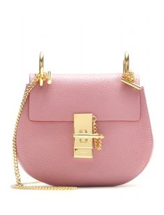 Chloé - Drew Small leather shoulder bag - The faded rose leather is finished on… Beautiful Handbags, Beautiful Bags, Fashion Handbags, Fashion Bags, Women's Handbags, Fashion Outfits, My Bags, Purses And Bags, Chloe Drew Bag